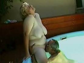 Busty plump mature lady enjoys oral