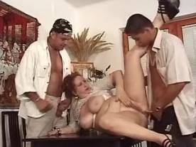 Fat ho fucking and dildoing in orgy