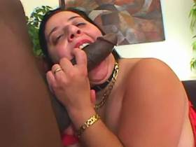 Blackie fucks plump lady with big tits