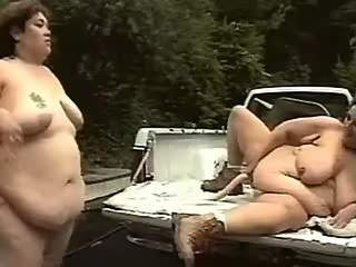 Nasty fat chicks serve men outdoors
