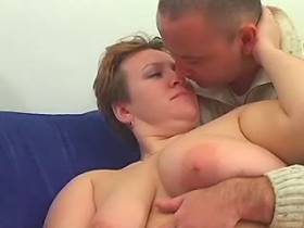 Crummy milf trains her greedy mouth