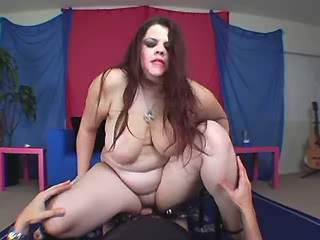 Fat longhaired babe gets cum shower