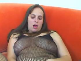 BBW in fishnet wear dildoes herself