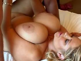 Man fucks BBW and jizzes on her boobs