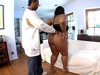 Black bitch seduces chocolate guy