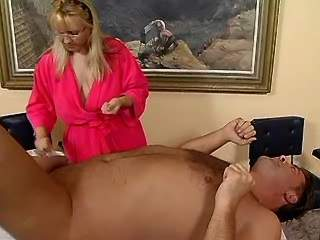 Man hard fucks blonde chubby milf