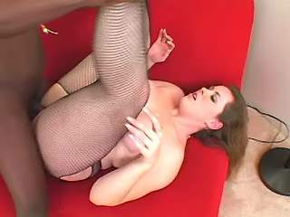 Chubby girl gets hot cum in mouth
